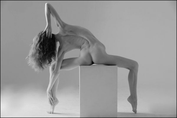by Niel Galen – Photographic model/dancer VikTory www.viktoriamodel.com www.facebook.com/viktorymodel IG @viktorymodel
